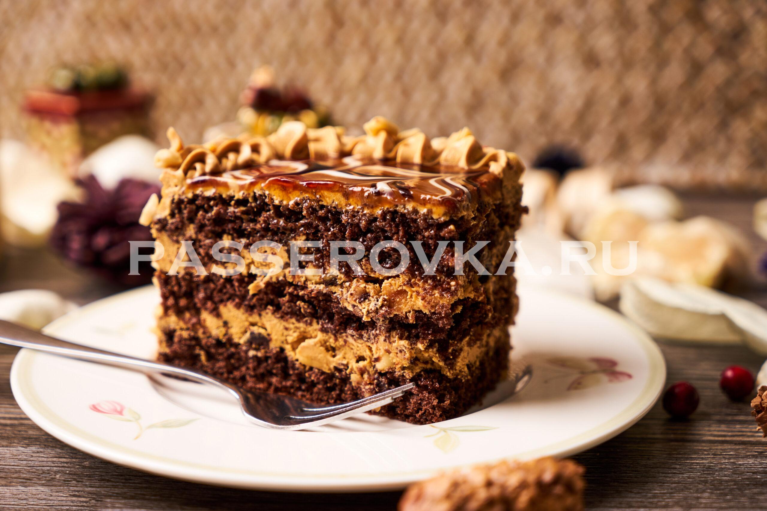 Торт с кремом из вареной сгущенки и масла