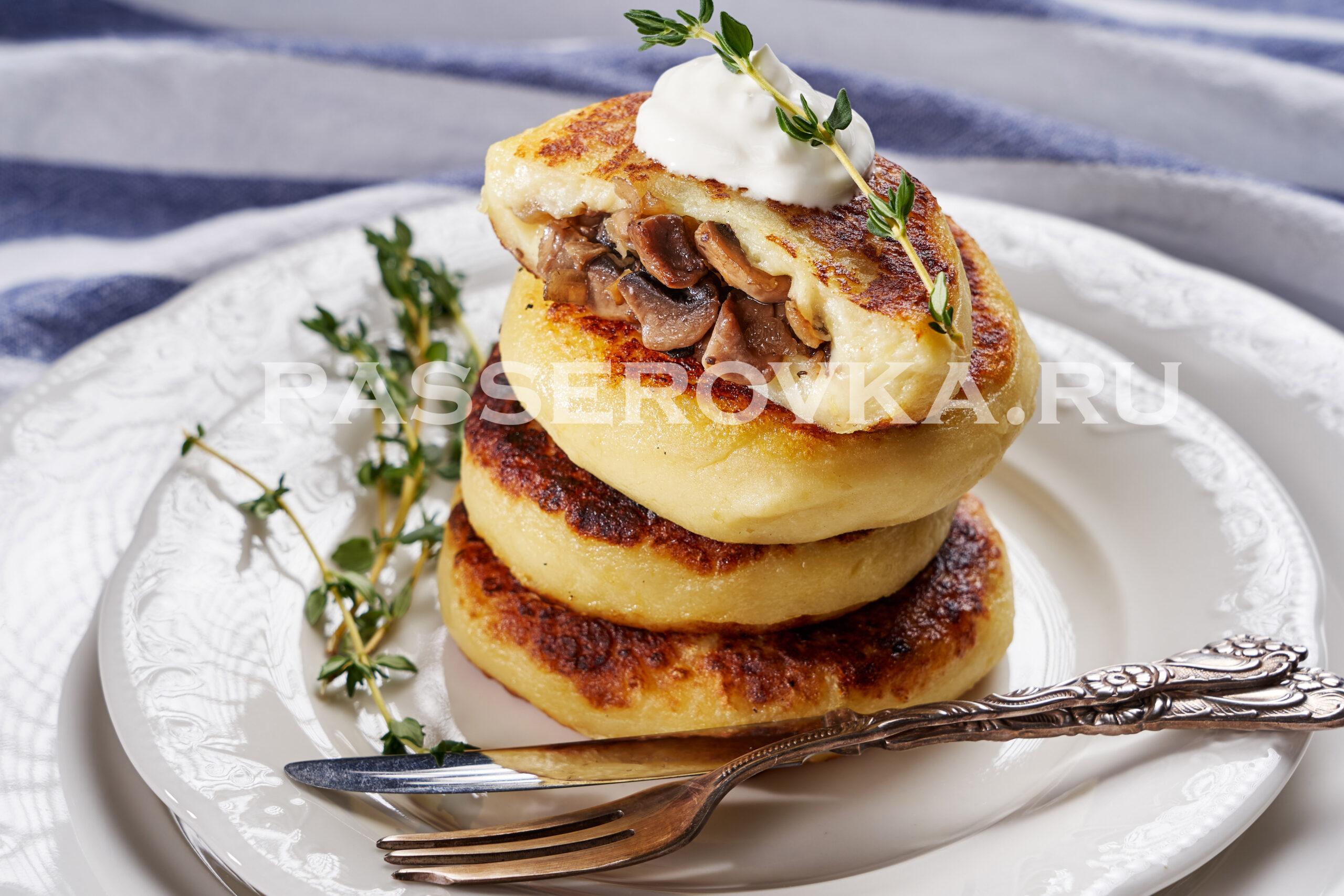 Картофельные зразы с грибами на сковороде рецепт